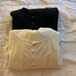 Black and white button down crop tops